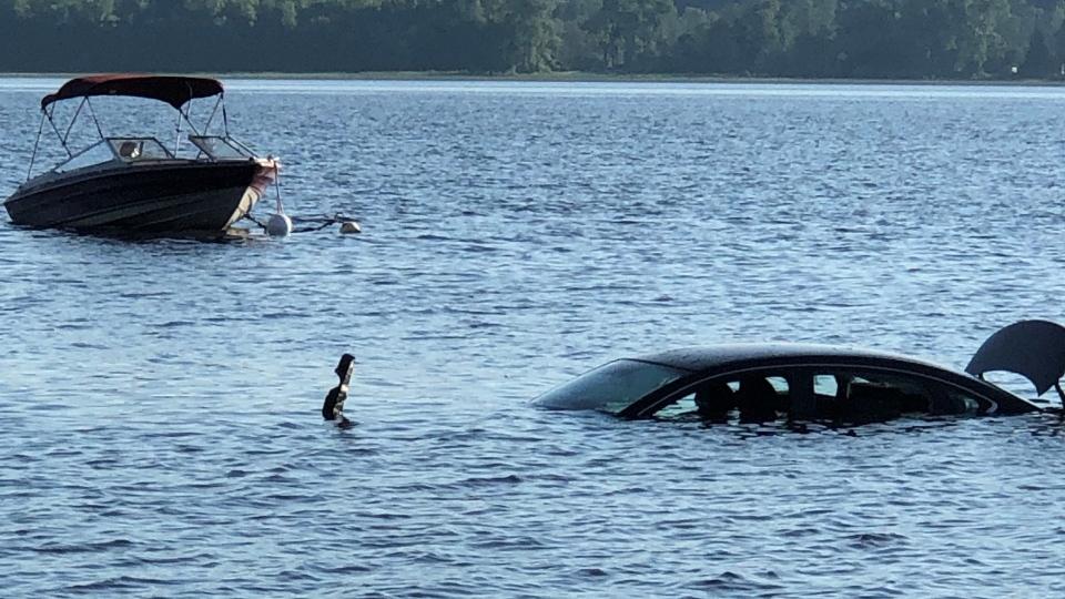 Submerged car Ottawa River