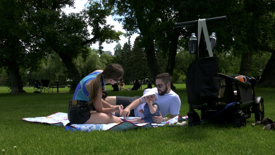 With warm temperatures and sunshine for the weekend, Calgarians had an enjoyable beginning to summer.