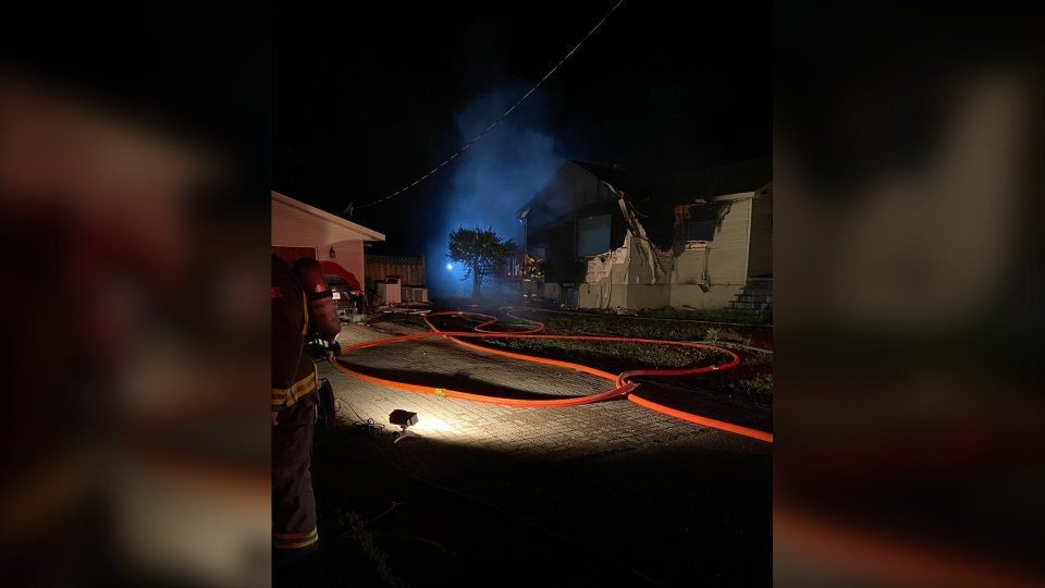 Early morning fire in Val Caron