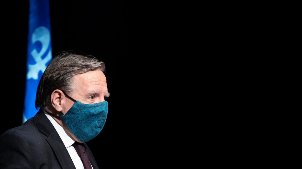 Quebec Premier Francois Legault leaves a new conference in Montreal. (File photo: THE CANADIAN PRESS/Paul Chiasson)