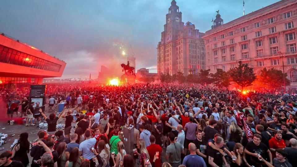 crowd liverpool