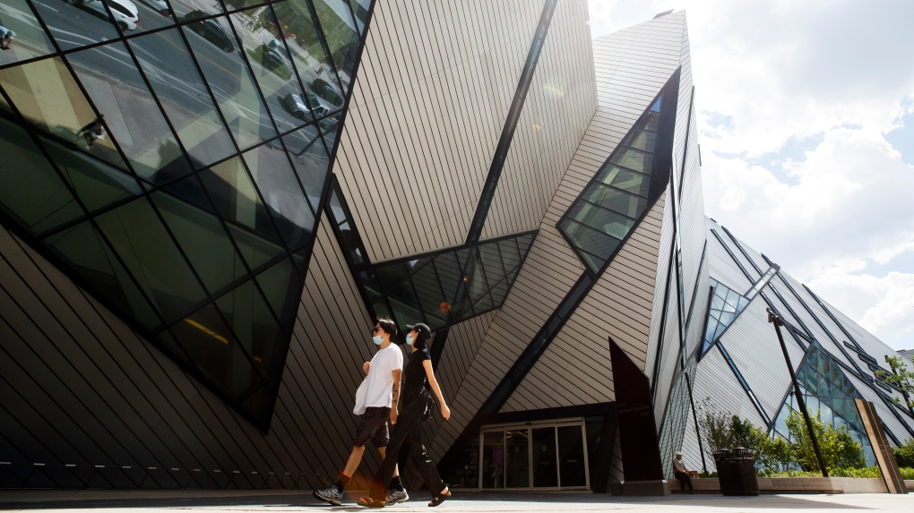 Toronto makes face masks mandatory indoors