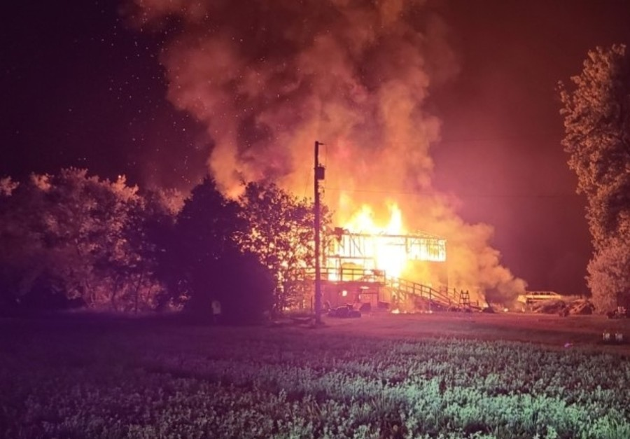 Barn fire near Elmvale