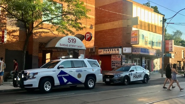 Police are investigating a shooting near Spadina and Dundas that sent one man to hospital with critical injuries. (Cristina Tenaglia/CP24)