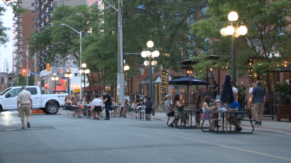 Outdoor patios Somerset St. W. July 3