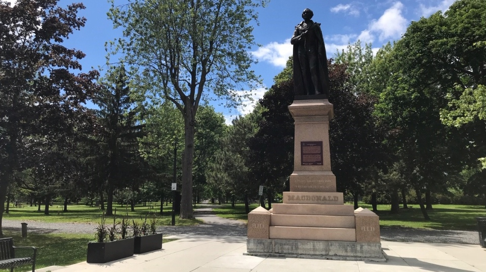 The Sir John A. Macdonald statue in City Park in Kingston, Ont. (Kimberley Johnson / CTV News Ottawa)