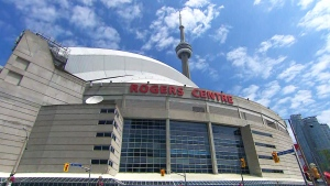 Rogers Centre, CN Tower Toronto downtown skyline