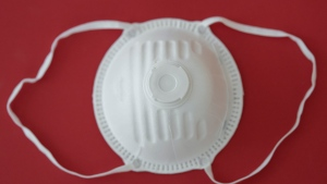 A generic N95 mask is seen in this image. (Pexels)