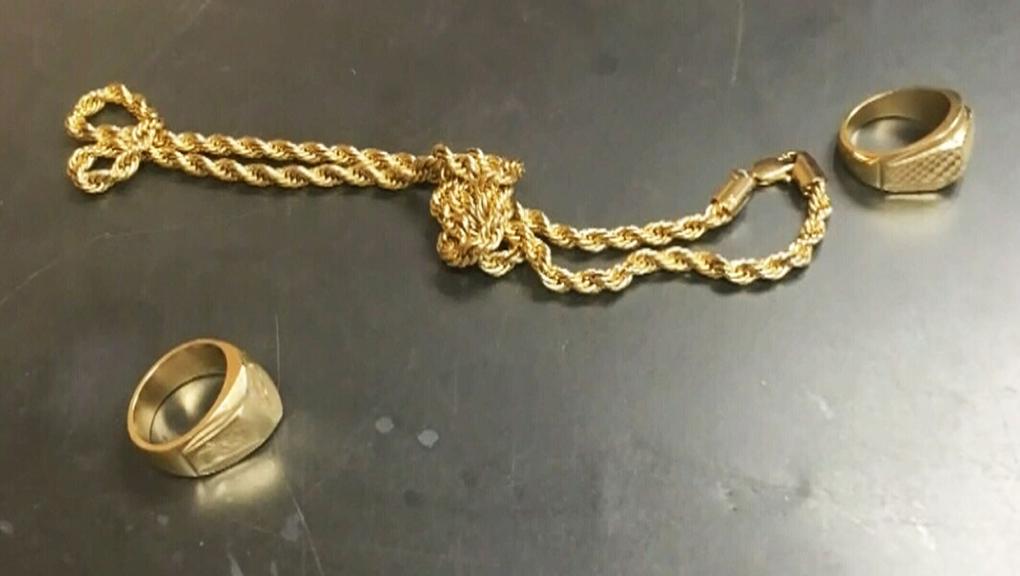 alberta, gold scam, distraction theft, alert, poli
