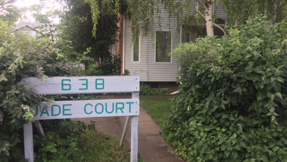 lethbridge, alberta health services, jade court, t