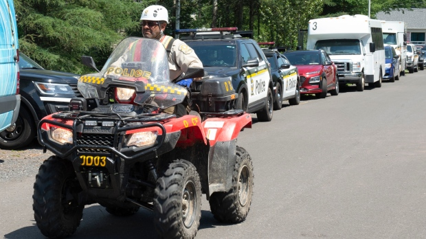 Search continues in Saint-Apolinaire, QUE