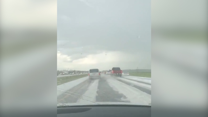Heavy hail on the QE2 Highway south of Red Deer, reports of stopped traffic and cars pulled over. (Courtesy: @chris_tinaa85)