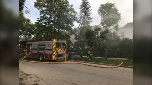 Fire crews on scene in the 100 block of Selkirk Avenue. (Source: Charles Lefebvre/CTV Winnipeg)