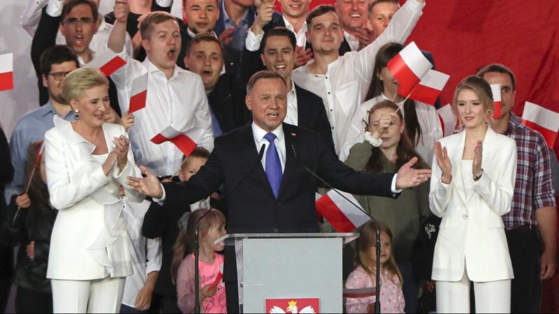 Andrzej Duda, centre, in Pultusk, Poland, on July 12, 2020. (Czarek Sokolowski / AP)