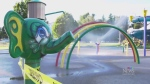 What caused kids' eyes to burn at spray park?