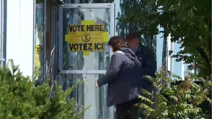 Cape Breton Regional Council voted 8 to 3 in favour of approving electronic-only voting for the fall municipal election.