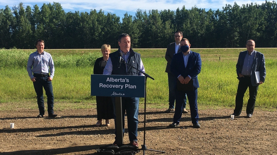Premier Kenney and others at Hwy 11 announcement