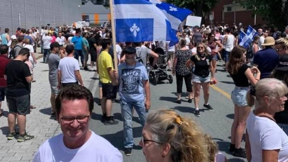 Protest in Beauce against wearing masks