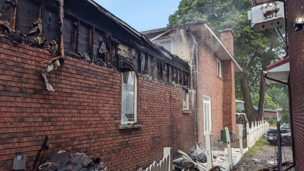 Prince of Wales home hit by lightning