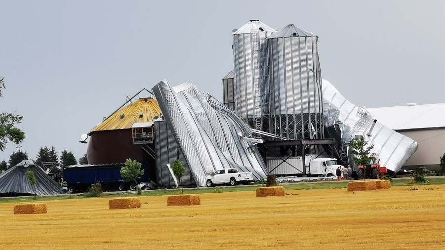 Storm damage outside of Exeter Ont. on July 19, 2020. (Sessily Berezowski/Facebook)