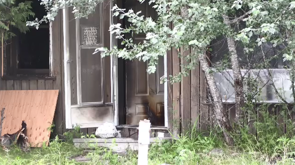Abandoned North Bay house involved in fatal fire. Jul. 23/20 (Eric Taschner/CTV Northern Ontario)