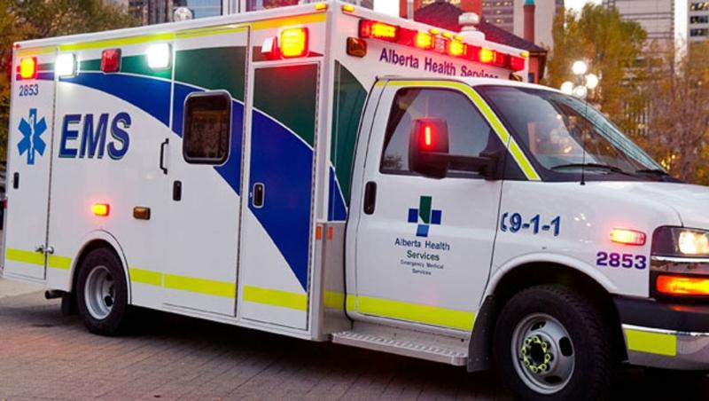 calgary, ambulance, alberta, ahs