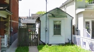This home, located at 300 Euclid Avenue in Toronto's Little Italy neighbourhood, just hit the market for $1 million. (Source: Purple Bricks)