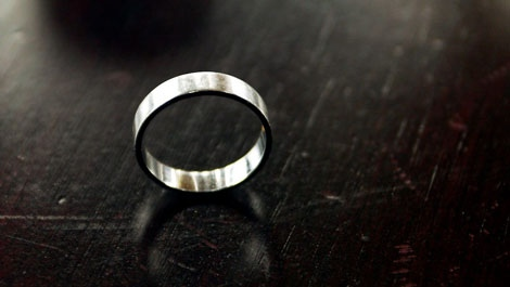Wedding ring (CP PHOTO/Andrew Vaughan)