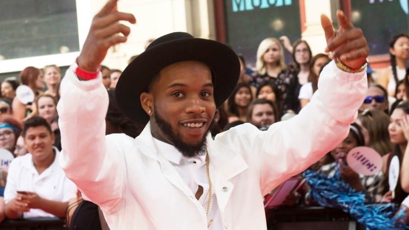 Tory Lanez arrives on the red carpet during the 2015 Much Music Video Awards in Toronto on Sunday, June 21, 2015. (THE CANADIAN PRESS/Nathan Denette)
