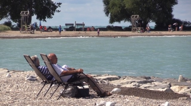 The Goderich mayor says he may have to close the beach if folks don't adhere to rules this long weekend. (Scott Miller / CTV London)