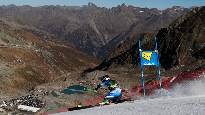 New Zealand's Alice Robinson speeds down the course on her way to win an alpine ski, women's World Cup giant slalom in Soelden, Austria, on Oct. 26, 2019. (Gabriele Facciotti / AP)