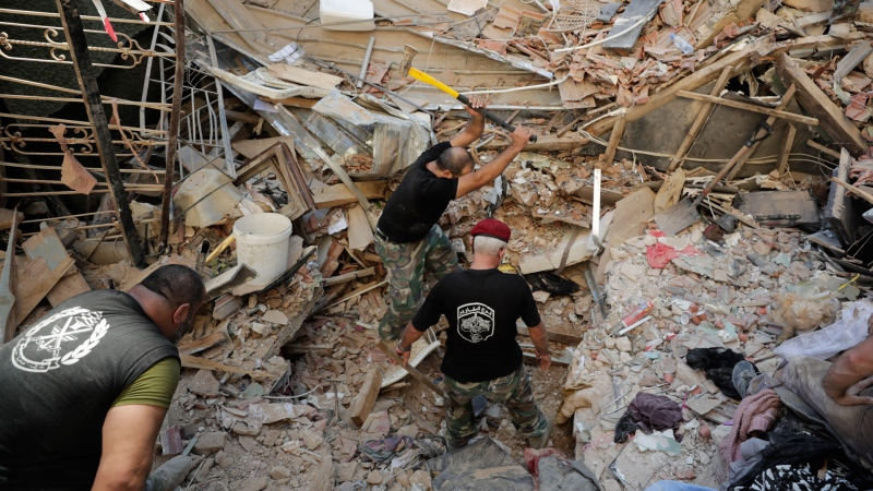 Lebanese soldiers search for survivors after a massive explosion in Beirut, Lebanon, Wednesday, Aug. 5, 2020. (AP / Hassan Ammar)