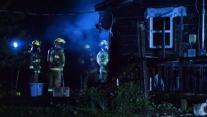 Crews respond to a house fire near Windsor, N.S., on Aug. 6, 2020. (Bill Roberts)