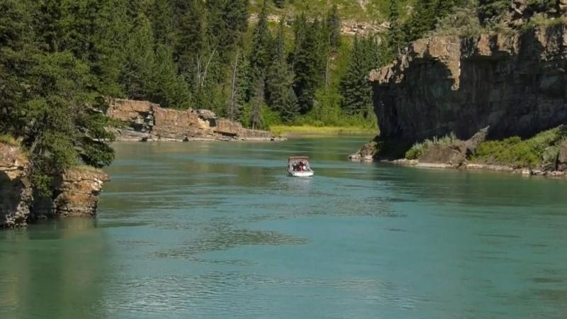 Teen presumed drowned in Bow River
