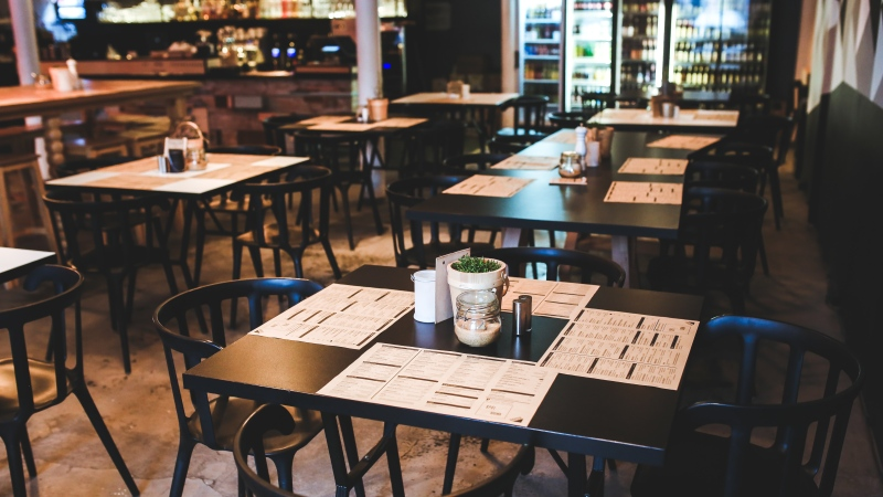This stock image shows an empty restaurant. (Pexels)