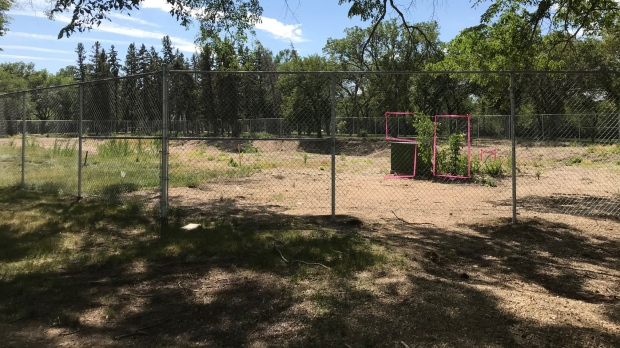 Construction at Wascana Pool in Regina appears to be delayed. (Stefanie Davis/CTV News)