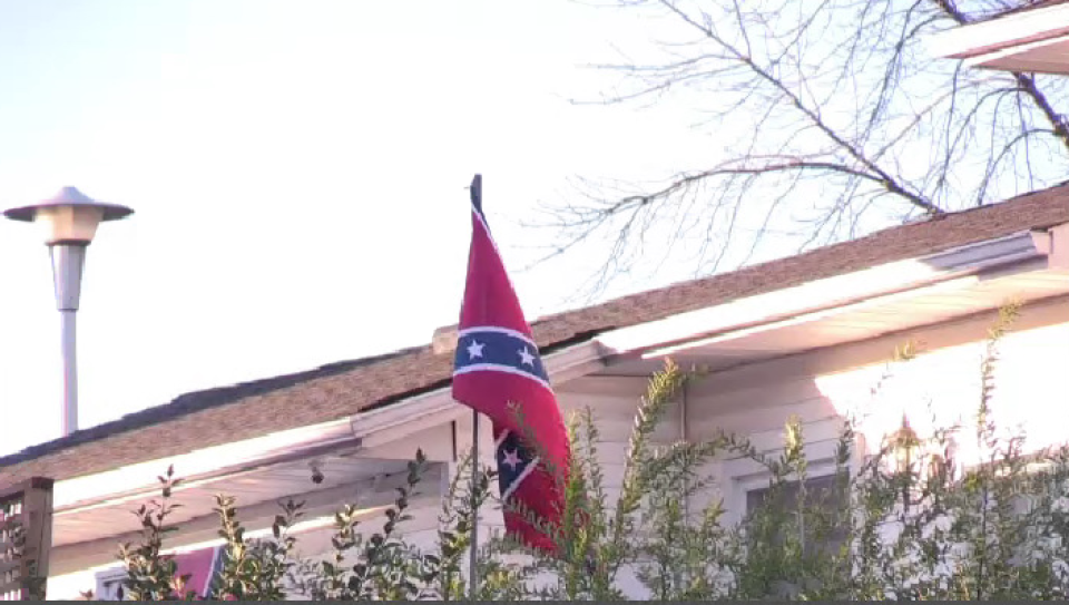 A confederate flag is seen at a residence. Both Region of Waterloo and Perth East council are debating whether or not they are allowed to ban symbols of hate. (Tyler Calver - CTV Kitchener) (Aug. 11, 2020)