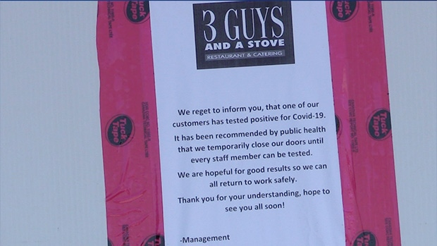 Huntsville, Ont., restaurant 3 Guys and a Stove closed its doors after a positive COVID-19 case dined in the establishment. Aug. 12, 2020. (Mike Arsalides / CTV News)