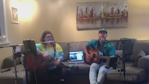 Jessie and Shelly, a duo from Kapuskasing, Ont., performs 'Fix You' by Coldplay.
