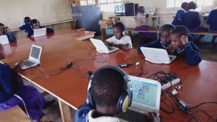 kenyan student kenya literacy school
