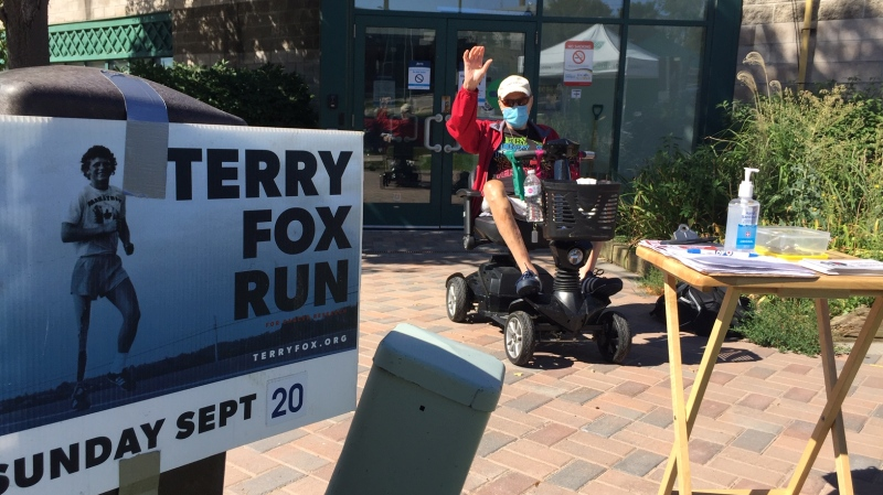 Will Dwyer collects donations for the Terry Fox Foundation in Barrie, Ont. on Saturday August 15, 2020 (Steve Mansbridge/CTV News)
