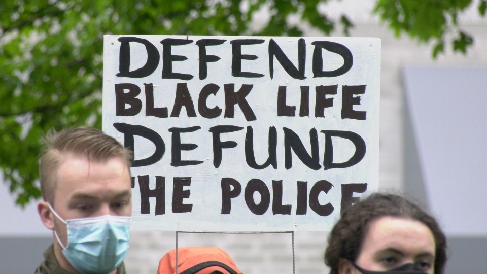 Rally to defund the police