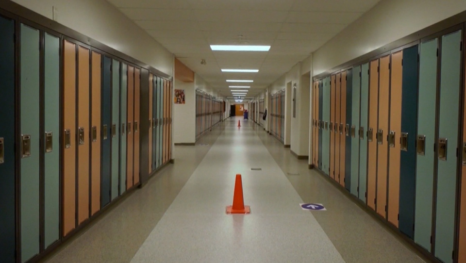 Some Alberta teachers and parents say a flaw in the COVID-19 reporting system is leading to potential virus exposure in schools. (File photo)