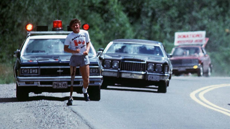 Runner Terry Fox continues his Marathon of Hope run across Canada, Sept. 1980. (CP PHOTO/ files)