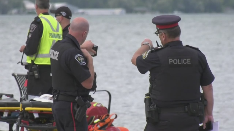 Police search on Lake Simcoe in Innisfil