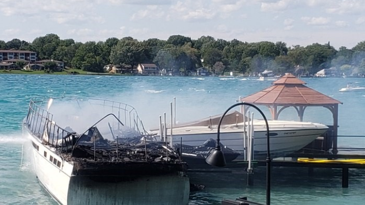 Boat fire in St. Clair River