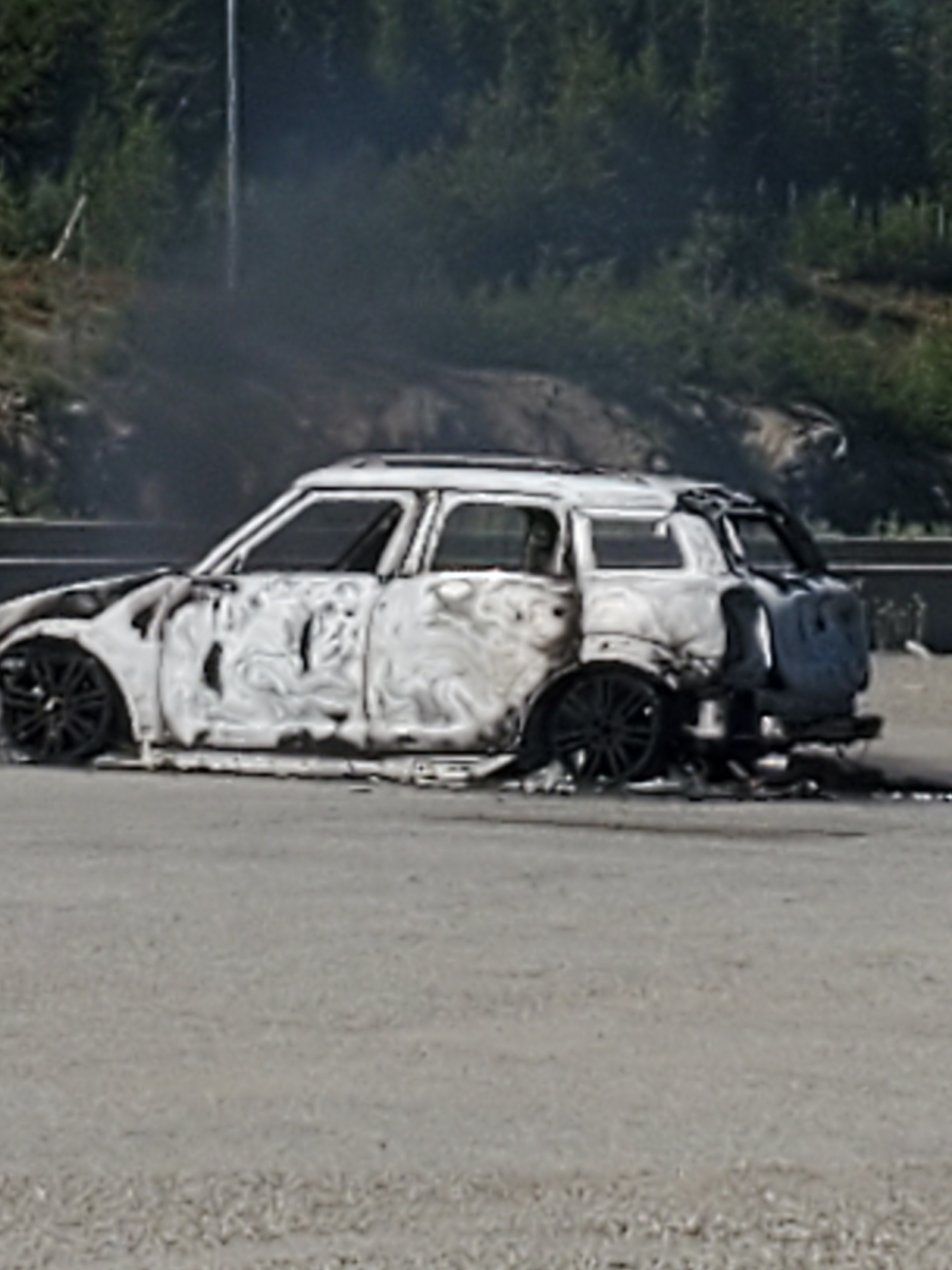 Burned out  2018 BMW Mini Cooper S Countryman
