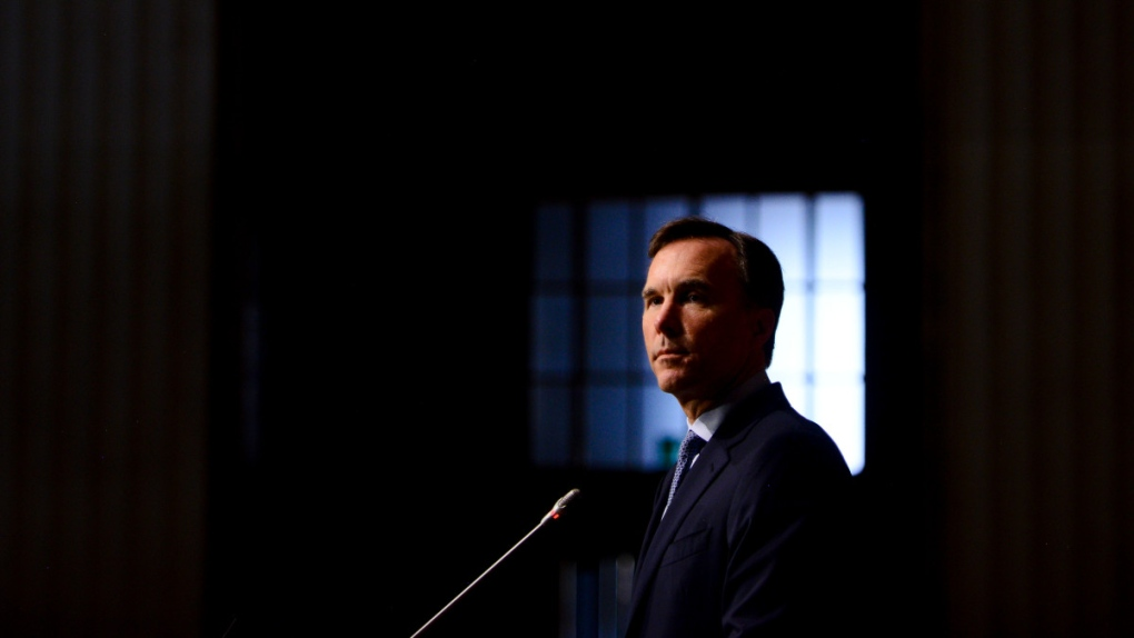 Bill Morneau speaks in Ottawa in 2020