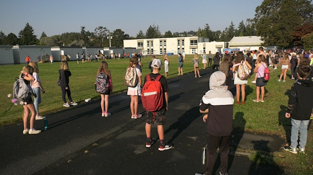 Students return for their first day of the new school at Dunsmuir Middle School in Colwood: Sept. 10, 2020 (CTV News)