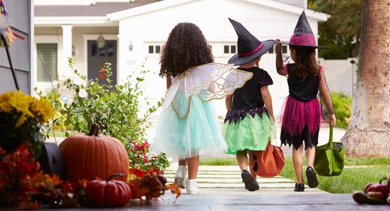 Halloween trick-or-treat